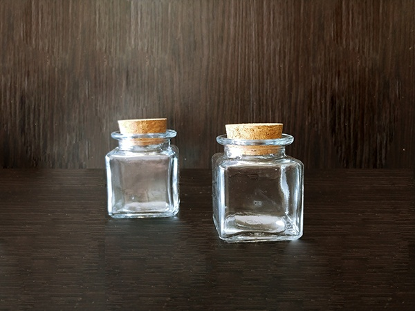 Glass – Bottle Cork Clear Square XSmall Thin