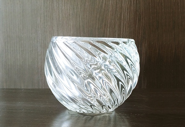 Glass – Bowl Decorative Swirl Clear