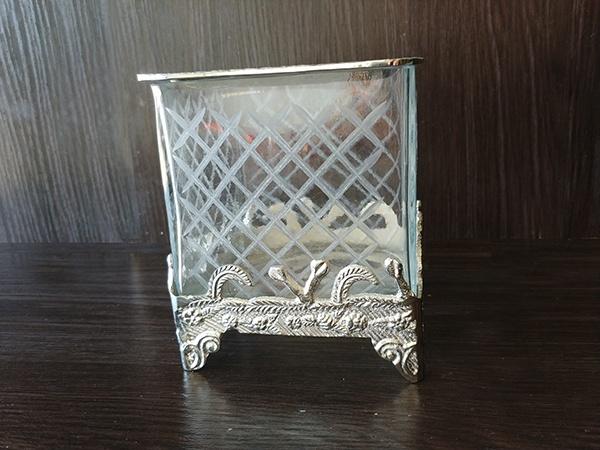 Silver – Decorative Vase Square With Glass Medium