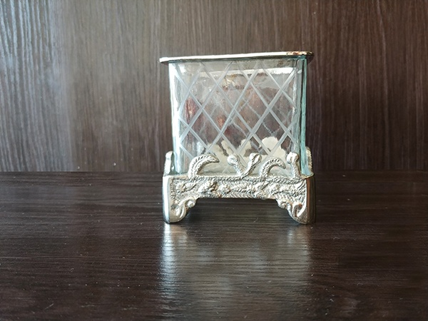 Silver – Decorative Vase Square With Glass Small