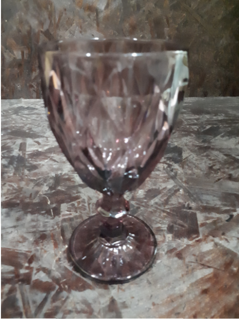 PLUM WINE GLASS